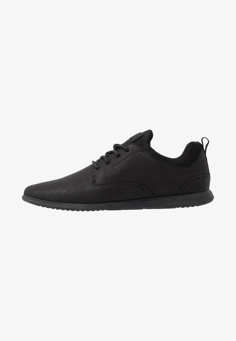 YOURTURN - Zapatos con cordones - black