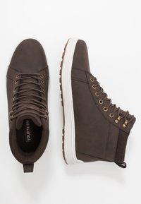 YOURTURN - Sneakersy wysokie - dark brown - 1
