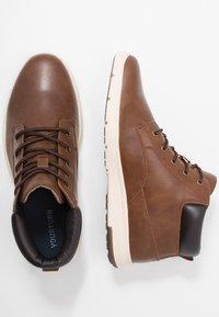 YOURTURN - Zapatillas altas - cognac - 1