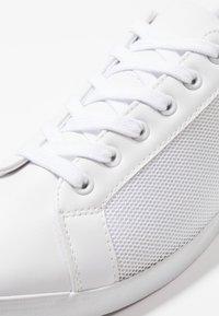 YOURTURN - Sneakersy niskie - white - 5