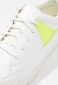 YOURTURN - Sneakers basse - white - 5