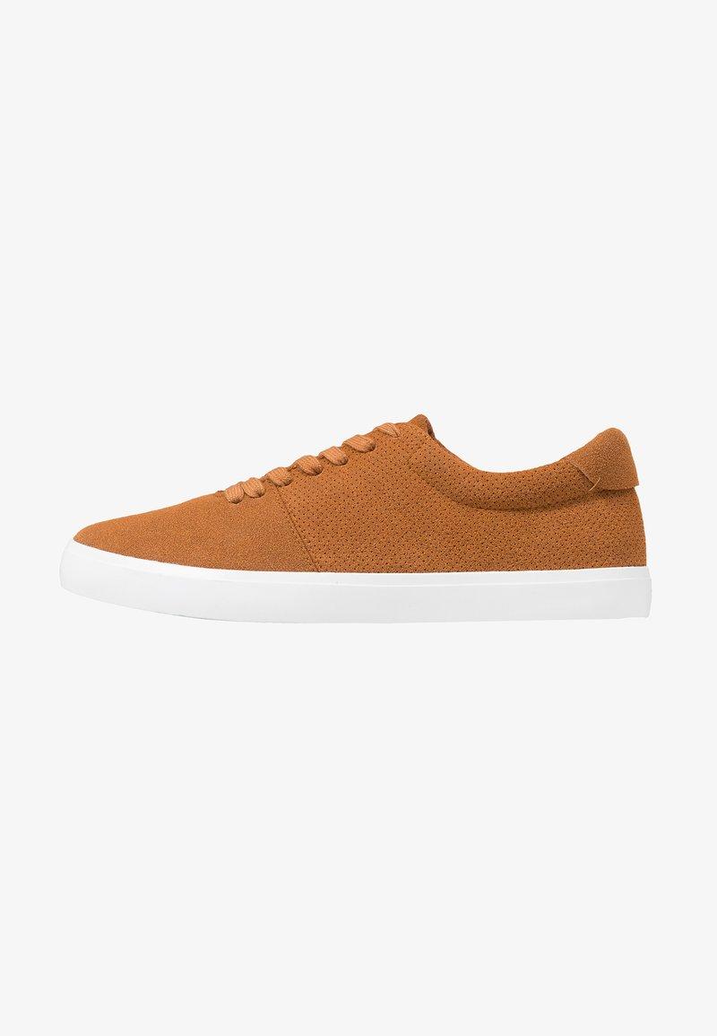 YOURTURN - Sneakersy niskie - brown