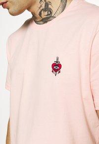 YOURTURN - Jednoduché triko - pink - 5