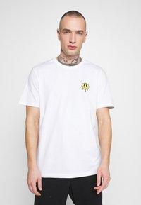 YOURTURN - Camiseta estampada - white - 0