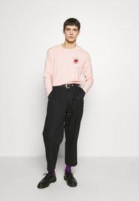 YOURTURN - Camiseta de manga larga - pink - 1