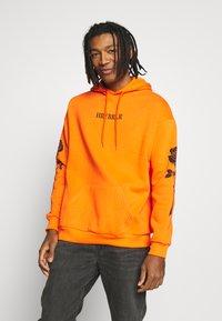 YOURTURN - Hoodie - orange - 0