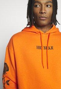 YOURTURN - Hoodie - orange - 6