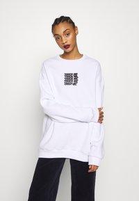 YOURTURN - UNISEX - Sweatshirt - white - 2