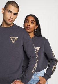 YOURTURN - UNISEX - Zip-up hoodie - dark gray - 4