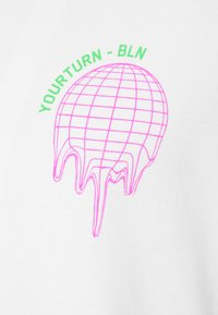 YOURTURN - T-Shirt print - white - 2