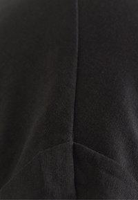 YOURTURN - Basic T-shirt - black - 2
