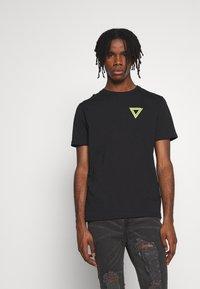 YOURTURN - Print T-shirt - black - 2