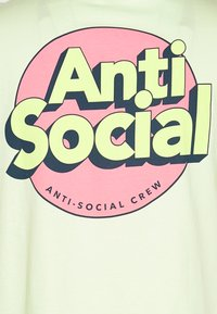 YOURTURN - UNISEX ANTI SOCIA - Print T-shirt - light green - 2