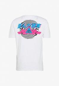 YOURTURN - Print T-shirt - white - 1