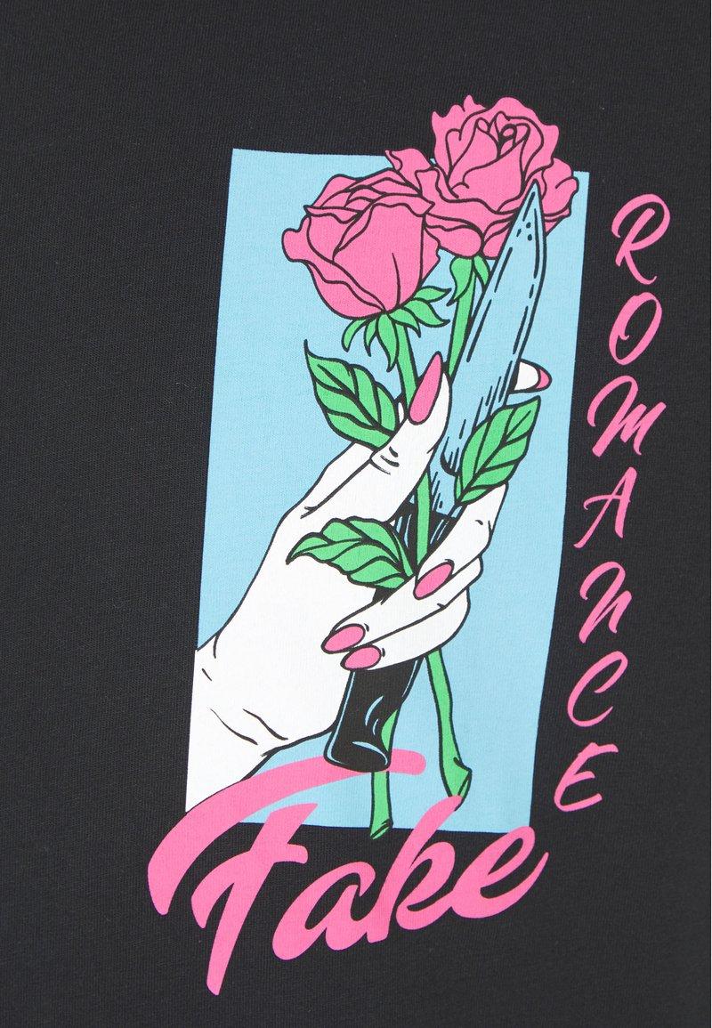 YOURTURN T-shirt con stampa - black ZRwNx1 vendita online