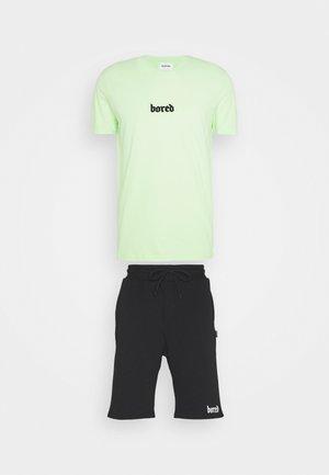 SET - Shortsit - green
