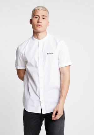 BORED SHIRT - Overhemd - white