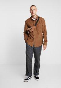 YOURTURN - Shirt -  brown - 1