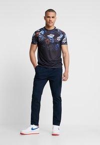 YOURTURN - Pantalones chinos - dark blue - 1