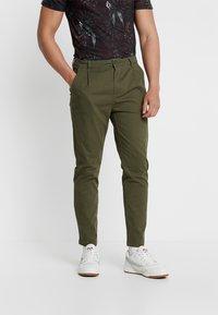 YOURTURN - Chino kalhoty - olive - 0