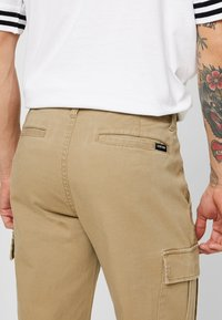 YOURTURN - Cargo trousers - tan - 3