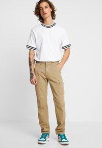 YOURTURN - Cargo trousers - tan - 0