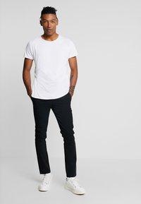YOURTURN - Chino kalhoty - black - 1