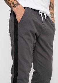 YOURTURN - Spodnie treningowe - grey - 4