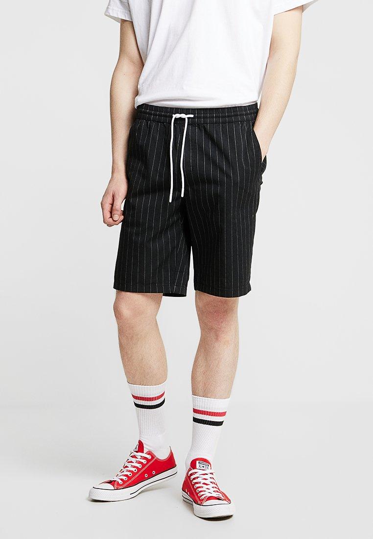 YOURTURN - Shorts - black