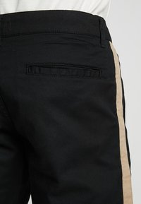 YOURTURN - Short - black - 5