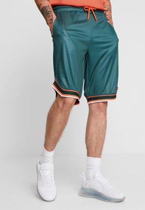 Shorts - dark green
