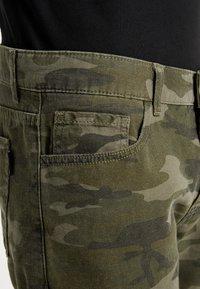 YOURTURN - Shorts - oliv - 3