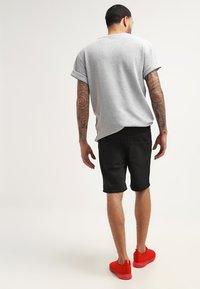YOURTURN - Denim shorts - black - 2