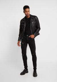 YOURTURN - Vaqueros pitillo - black denim - 1