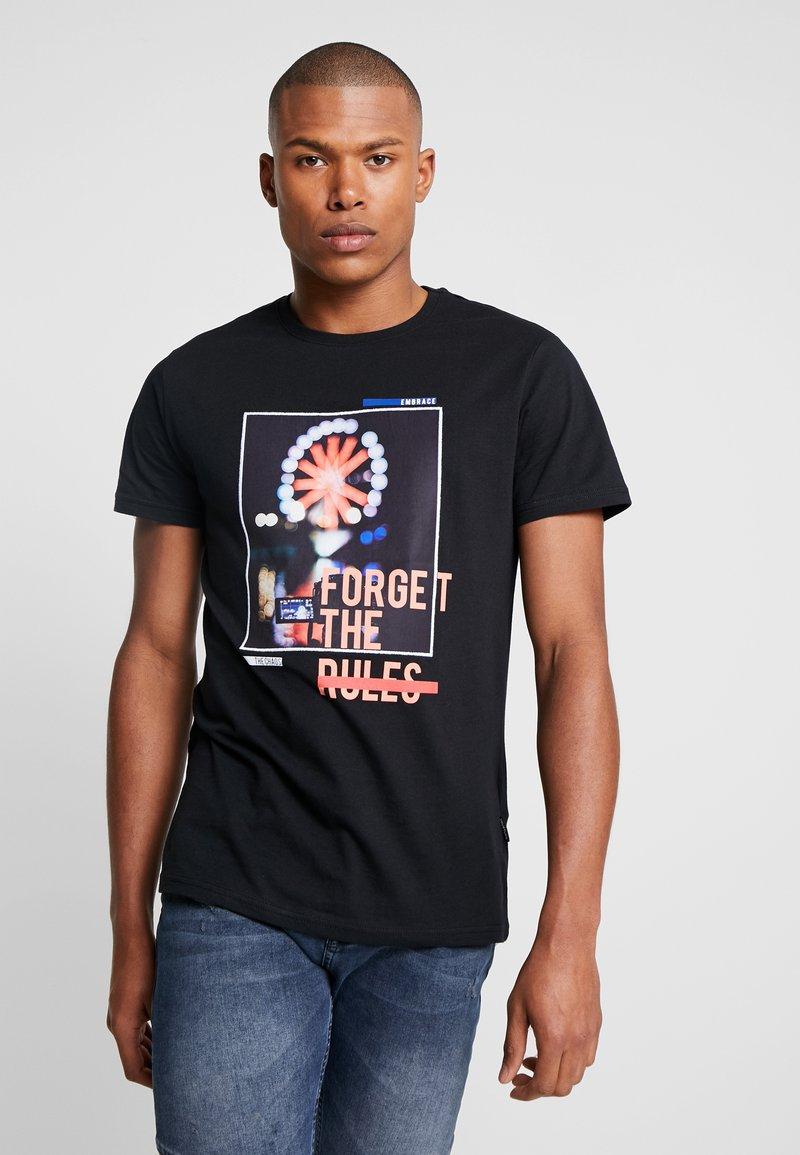 YOURTURN - Camiseta estampada - black