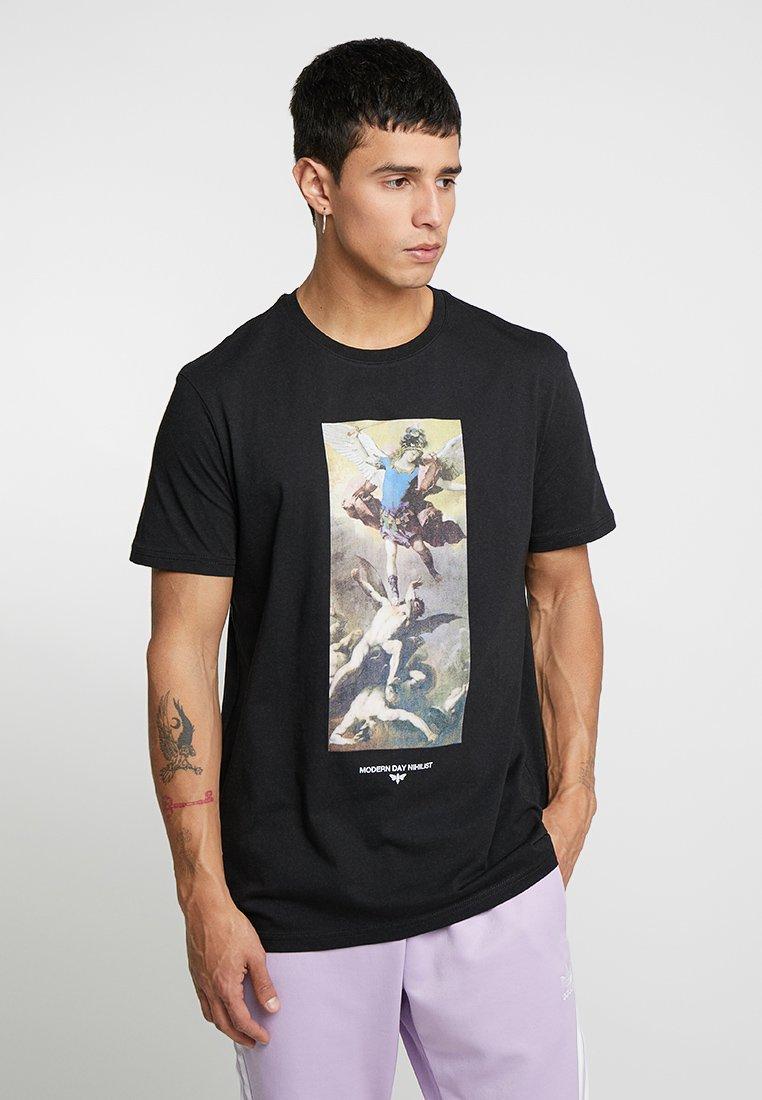 YOURTURN - T-shirts med print - black