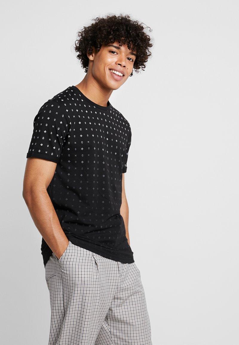 YOURTURN - T-shirt z nadrukiem - black