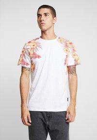 YOURTURN - T-shirt med print - white - 0