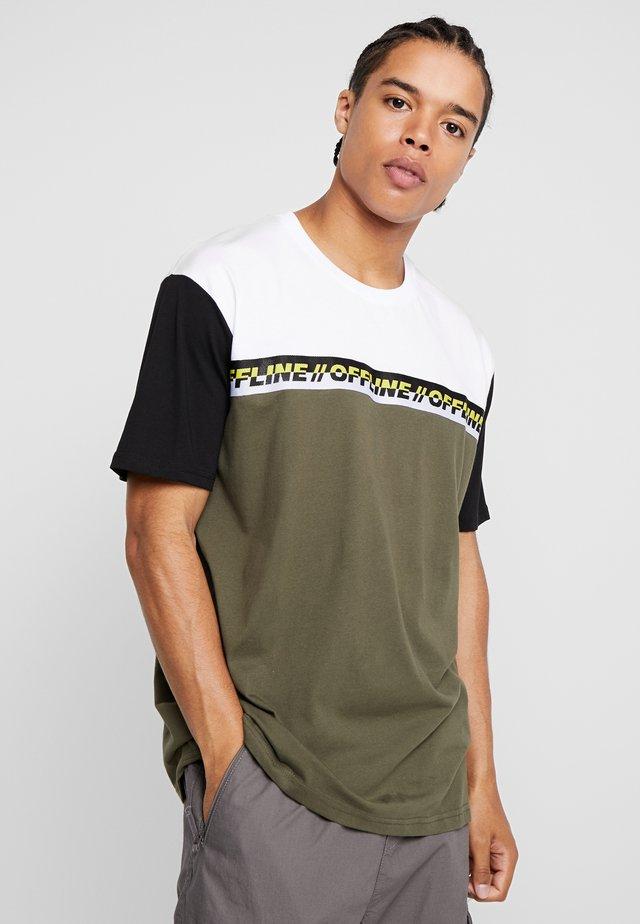 T-Shirt print - white/dark green