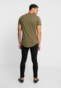 YOURTURN - T-Shirt print - olive - 2