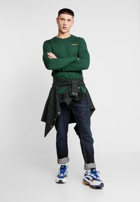 YOURTURN - UNRELEASED MIDDLE - Long sleeved top - green - 1