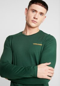 YOURTURN - UNRELEASED MIDDLE - Long sleeved top - green - 3