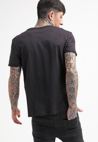 YOURTURN - T-shirt basic - black - 2