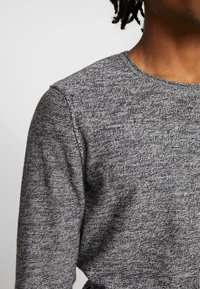 YOURTURN - Svetr - mottled dark grey - 5