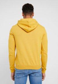 YOURTURN - Jersey con capucha - yellow - 2