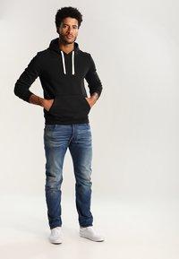YOURTURN - Jersey con capucha - black - 1