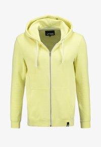 mottled light yellow
