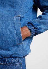 YOURTURN - Kurtka jeansowa - blue denim - 5