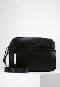 YOURTURN - Across body bag - black - 0