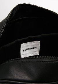 YOURTURN - Across body bag - black - 4